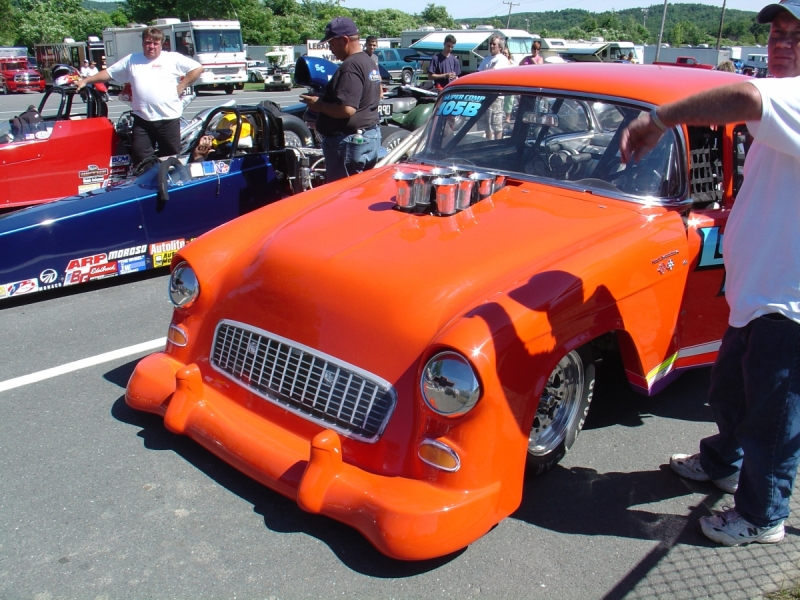 pics of Don Lussier's race car built by F&R