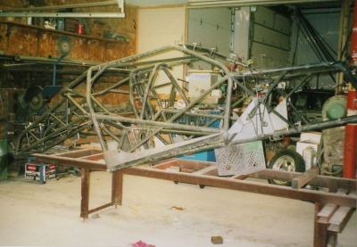 pics of Frank's new 5sec legal Fabricated chassis build up