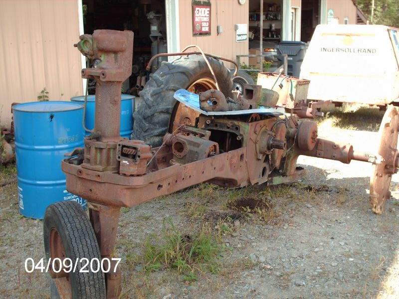 pics of Franks pet Tractor resto project BEFORE