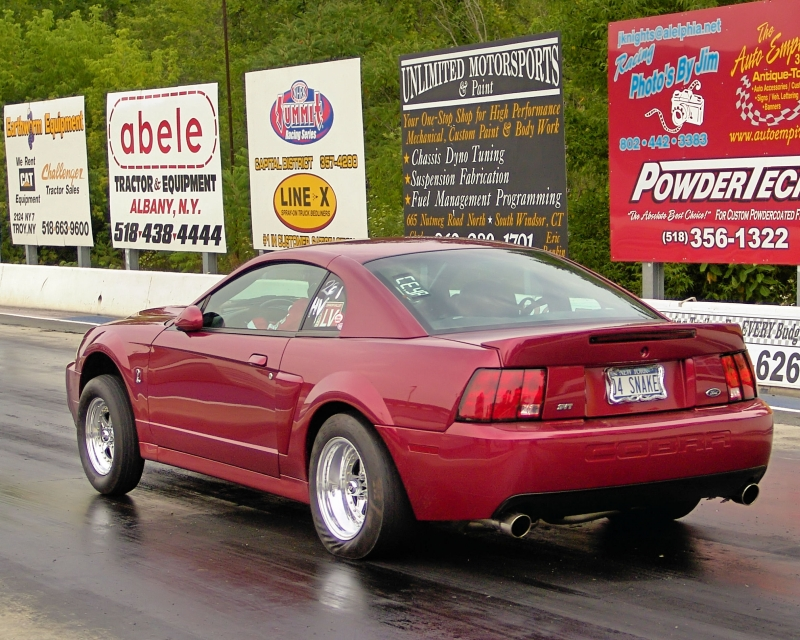 pics of Stu Patterson's 2004 Ford Mustang SVT Cobra